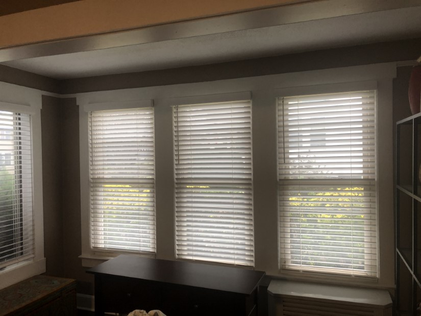 Graber 2 inch Cordless Faux-Wood Blinds in Mahwah, NJ