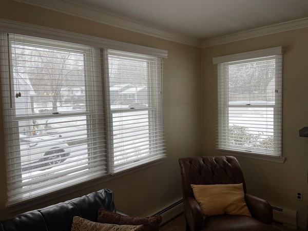 Graber 2 1/2-inch Traditions Real Wood Blinds with Legacy Valances in Ramsey NJ