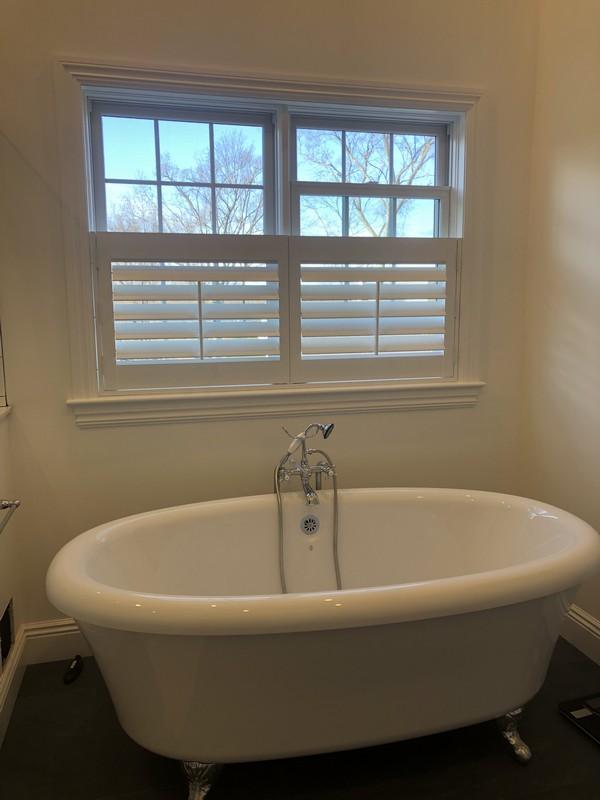 Hunter Douglas 3 1/2 Plantation Shutters with Classic Front Louver Systems in Wyckoff NJ