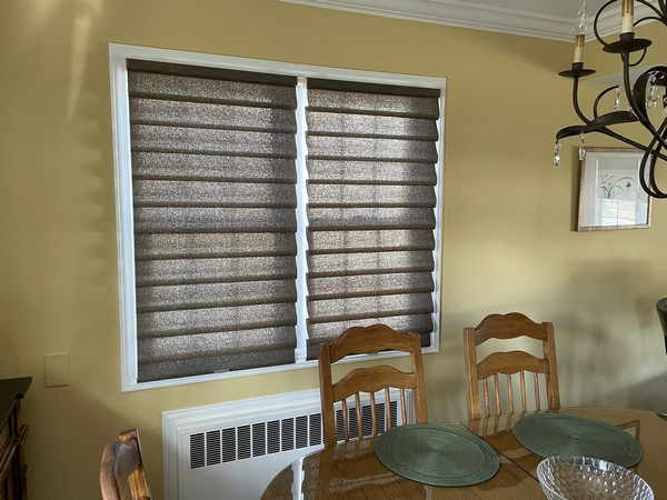 Hunter Douglas Soft Fold Semi-Opaque Vignette Roman Shades Tiered in Ridgewood NJ